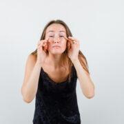 Worki pod oczami: przyczyny. Jak się pozbyć worków pod oczami?